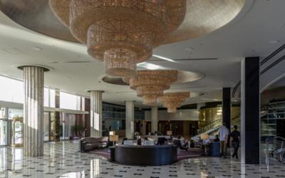Hotelowe rozwiązania klimatyzacyjne LG dbają, abyś poczuł się jak w domu gdziekolwiek jesteś
